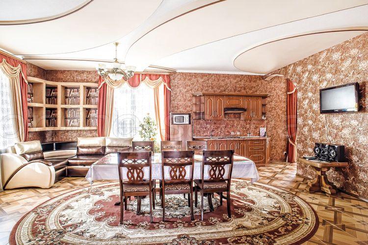 Гостиный дом, гостинично-развлекательный комплекс